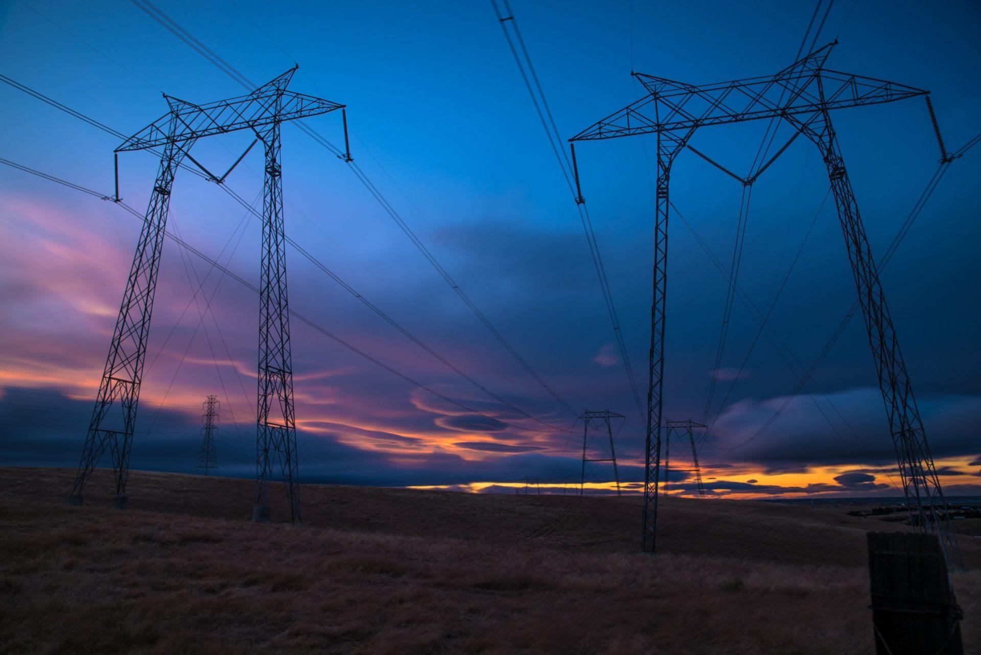 Lokal energilagring eller traditionella nätförstärkningar?