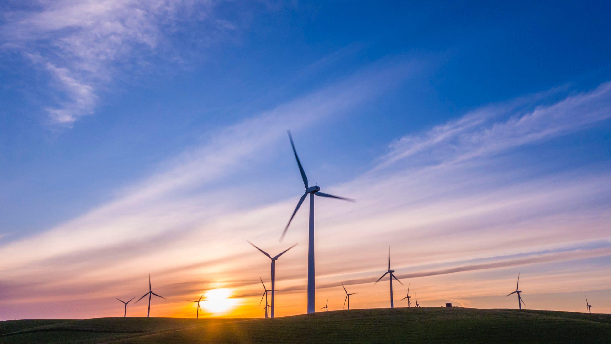 Elfordon för att balansera variabel förnybar kraft på Gotland